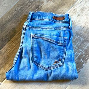 Express Skinny Mid Rise Legging Style Blue Jeans size 0 Short / Ankle length